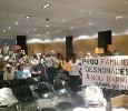 Plenari Ajuntament - VillaDesahucio protesta contra desalojos 2